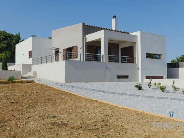 New One-storey villa in Gallou Village With Basement