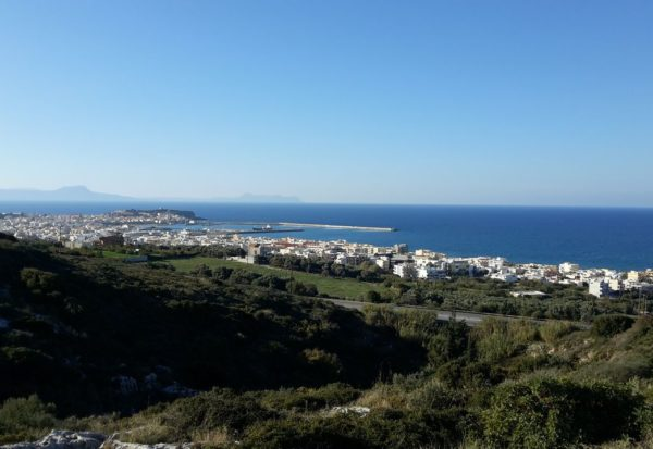Investment land with panoramic view in Kastelakia Rethymno